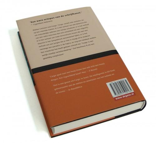achterzijde boekomslag Cargo