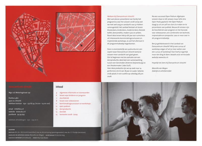 brochure met cursusaanbod DCU