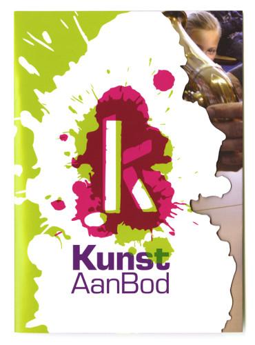 grafisch ontwerp folder met stans voor KunstAanBod