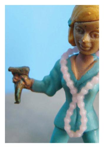 kaart portret sleutelhanger dame, uit een reeks kaarten voor Truttenware