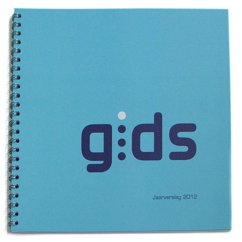 ontwerp en opmaak van jaarverslag 2012 Gids Utrecht, re-integratie, wire-o binding
